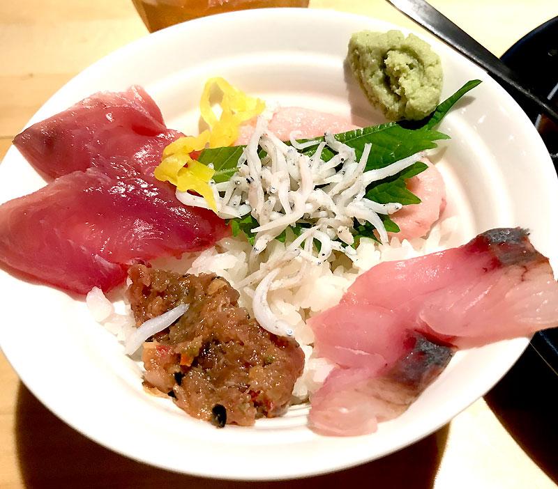 イトゥバル 渋谷店 パスタランチ海鮮丼