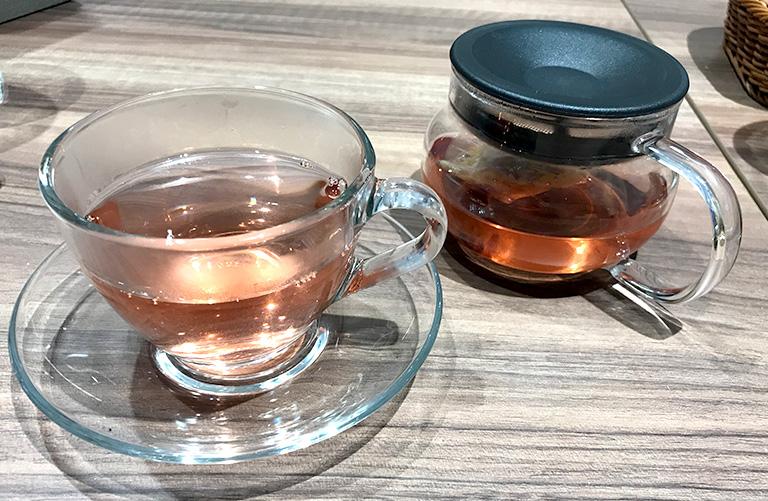 桜の和紅茶写真
