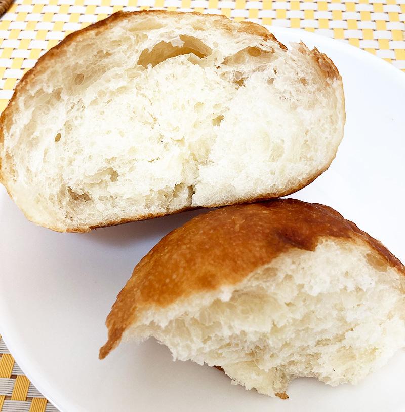 塩パン割ったところ