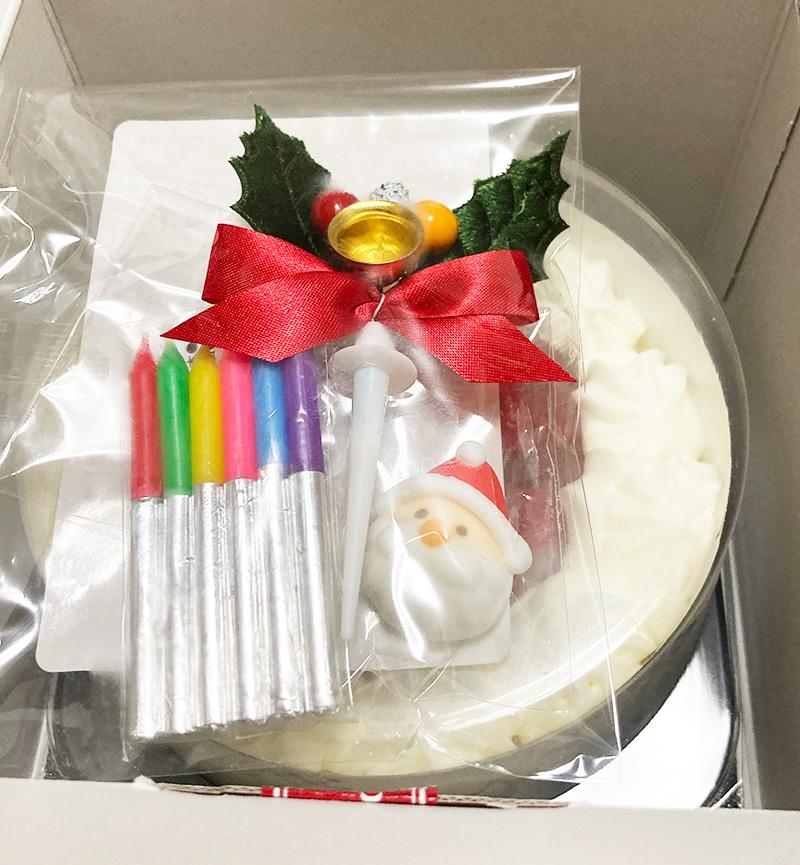LeTAO(ルタオ)クリスマスチーズケーキデコレーション